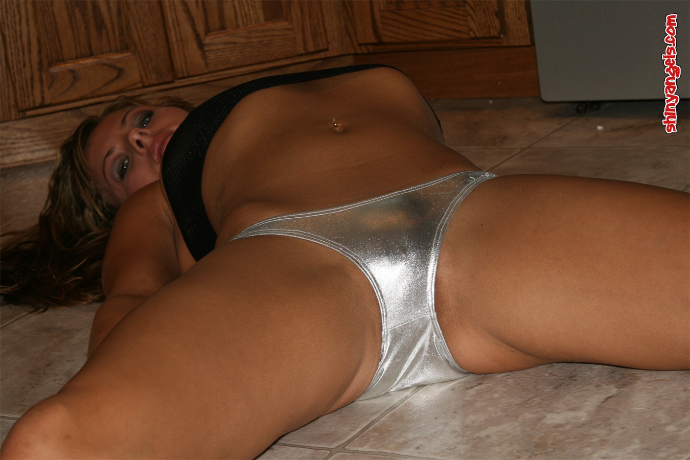 Shiny Panties Thumbs 54